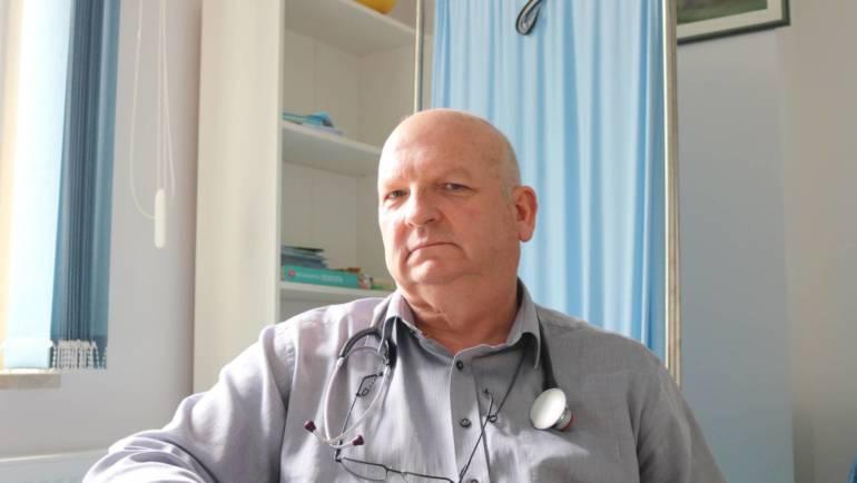 Dr Krzysztof Bugalski